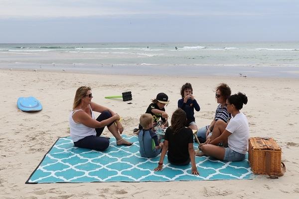 Moroccan Designed Recycled Mat Beach Sharing with Family & Friends