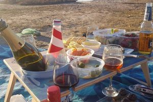 Summer Picnic Wine Table Beach Banquet