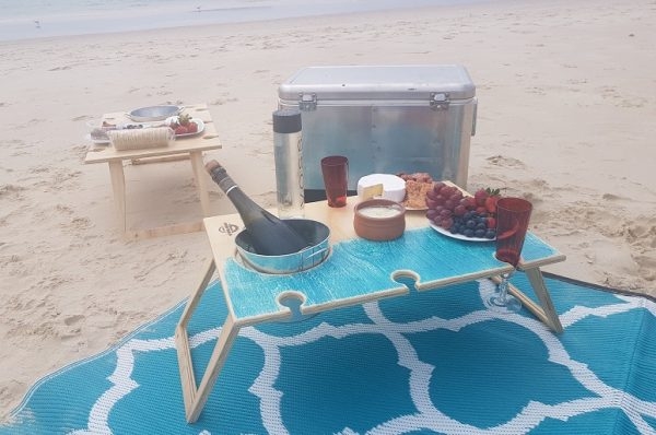 Summer Picnic Wine Table foldable portable compact banquet romantic beach 6 wine glass holders and bottle bucket
